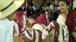 Niños y jóvenes nacidos en Estados Unidos mantienen -a través de la danza- las tradiciones culturales de sus padres peruanos.