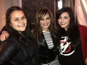 Con mis princesas, describió Jenni Rivera esta foto.