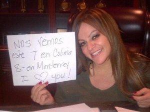 Nos vemos, dijo Jenni para promocionar sus conciertos en Twitter.