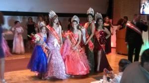 Las ganadoras del concurso Miss Peru PCANJ 2013-2014 posan junto a las reinas salientes.