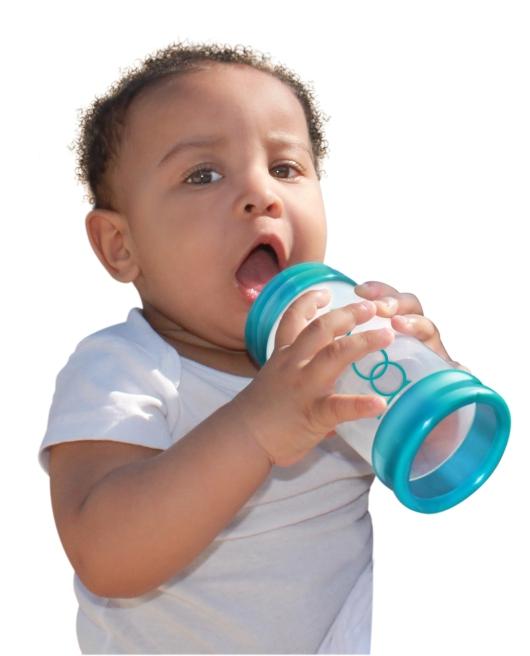 No más gases ni cólicos en bebés gracias a la tecnología diseñada por la peruana Priska Díaz en revolucionarios biberones tipo 'jeringa'.