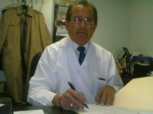 El Dr. Carlos A. Tello Valcárcel fue reelegido presidente de Peruvian Parade Inc. en unas elecciones realizadas el pasado domingo 15 de diciembre y nos concedió una entrevista en sus oficinas de Passaic, Nueva Jersey.