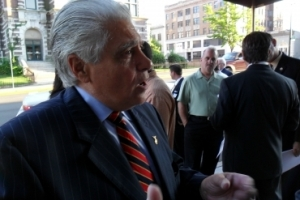 Lawrence 'Larry' Spagnola, ex Jefe de la Policía de Paterson.