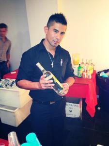 Christian Asca, ganador del Premio Cocktail de Pisco de la Feria Gastronómica UNICA 2012 realizada en Manhattan.