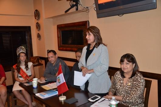 Ana Placencia, Presidenta de Peruvian Civic Association (PCANJ) hablando durante la conferencia de prensa en la que se dio a conocer el programa de actividades 2015 de la institucion. FOTOS: ALEJANDRO ROMAN