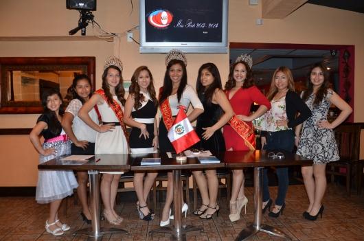 Reinas y actuales candidatas del concurso de belleza y talento de la PCANJ. FOTO: ALEJANDRO ROMAN