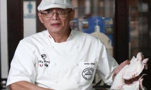 El chef Javier Wong, conocido por la preparación del Mejor Ceviche del Mundo, es uno de los garlardonados del Tumi USA Award 2015 en su edición del XX Aniversario que se realizará en la ciudad de Nueva York.