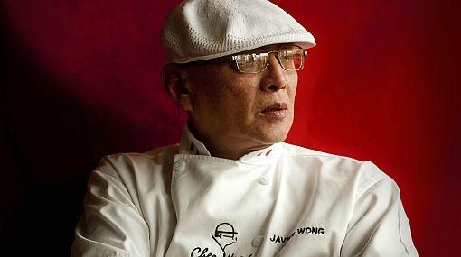 """El chef internacional Javier Wong, """"El Mejor Cebiche del Mundo"""", recibio el Special Award del Tumi USA 2015."""