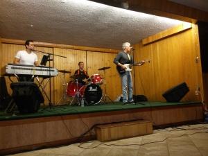El Schuetzen Park de North Bergen, Nueva Jersey, fue escenario de la actuacion de We All Together el pasado 11 de octubre.