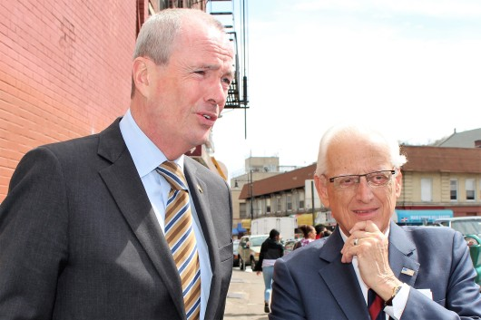 041817 Photo Phil Murphy and Bill Pascrell, Paterson press conference Apr 17