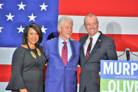 Photo Sheila Oliver, Bill Clinton & Phil Murphy, Paramus 2017